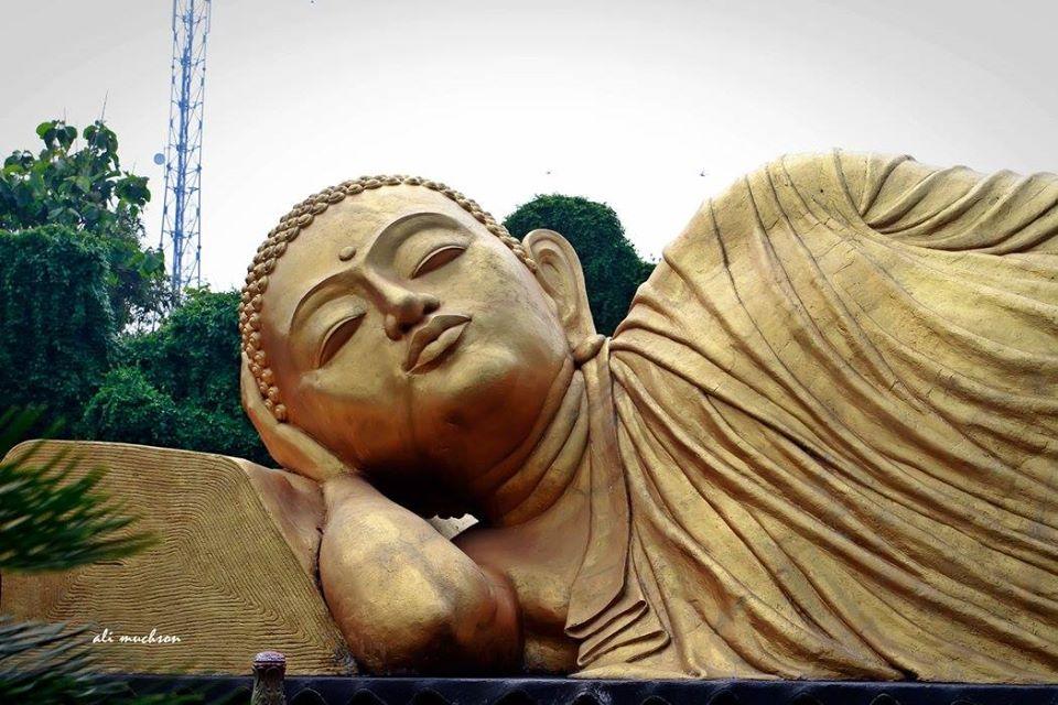 Hari Raya Waisak 2020 - Sleeping Buddha, di Maha Vihara Majapahit - Desa Bejijong Mojokerto