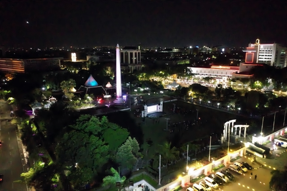 Suasana Tugu Pahlawan Surabaya saat pembukaan Parade Seni Budaya Surabaya 2020