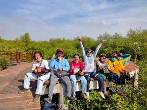 Ekowisata Mangrove Gunung Anyar Hadirkan Suasana Asri di Surabaya Belahan Timur