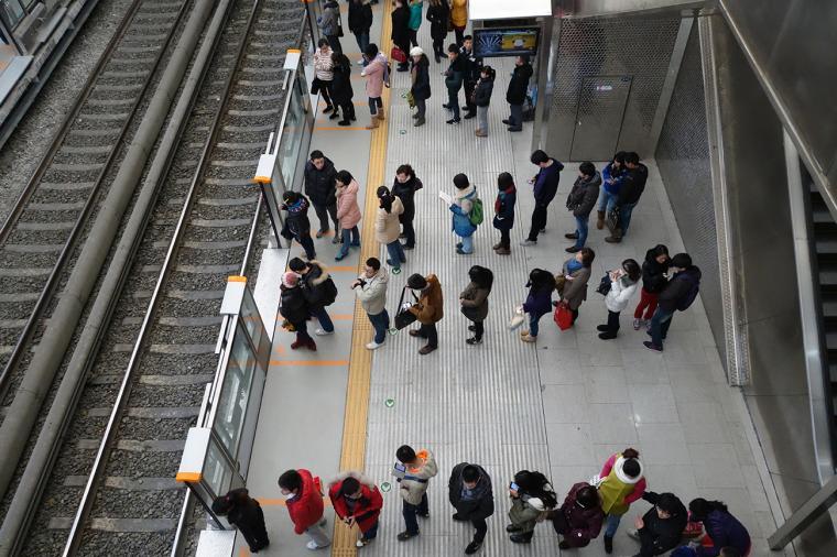 Orang Jepang patuh terhadap aturan
