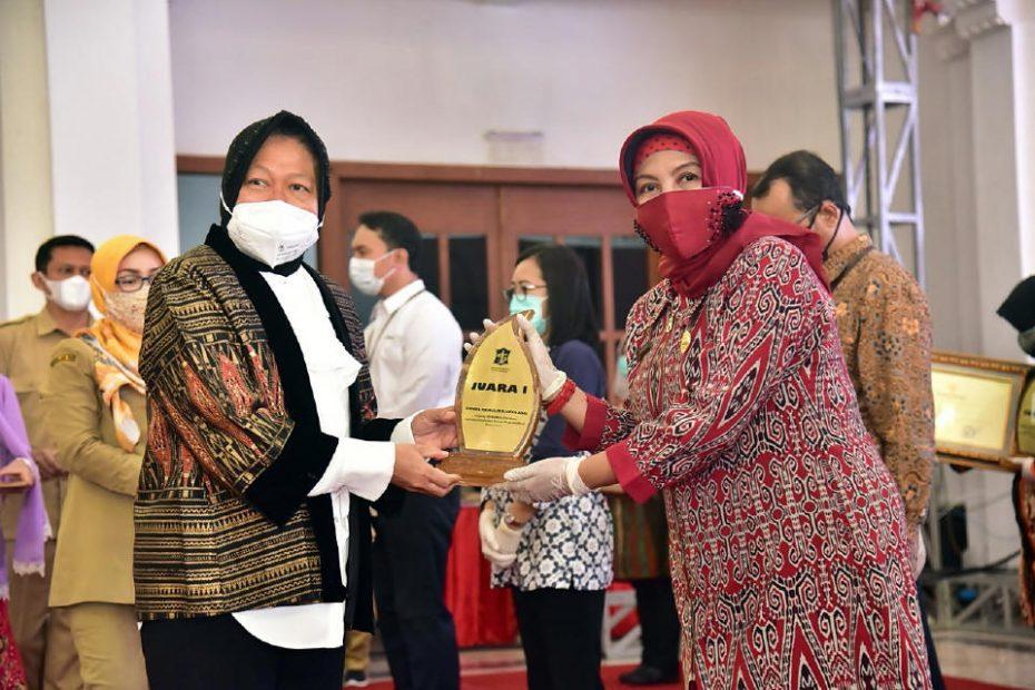 Peringatan Hari Guru Nasional 2020 di Surabaya