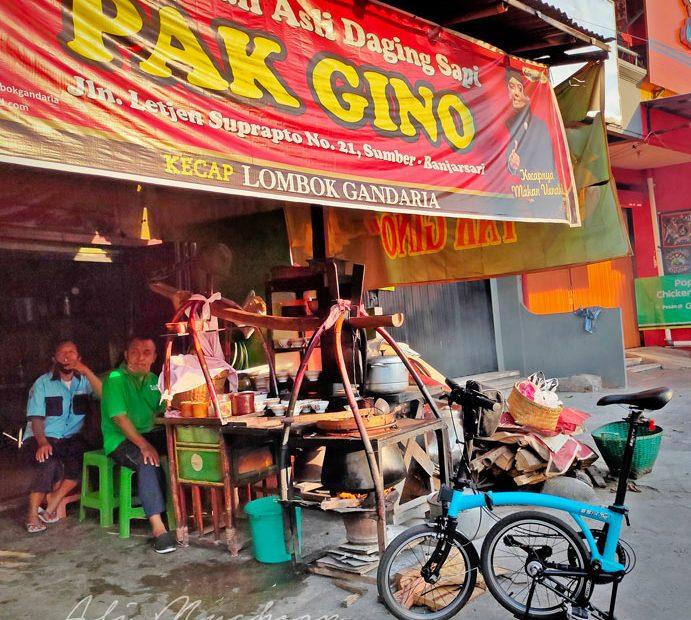 Soto Kwali Pak Gino - Asli Daging sapi