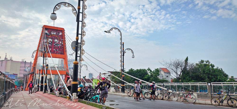 Jembatan Joyoboyo akan menghubungkan Frontage Road (FR) Barat Jalan Ahmad Yani melalui Jalan Pulo Tegalsari ke Jalan Joyoboyo