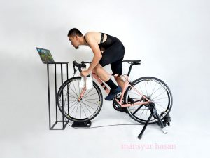 Bersepeda Indoor maupun Outdoor Sama-sama Dapat Bakar Kalori