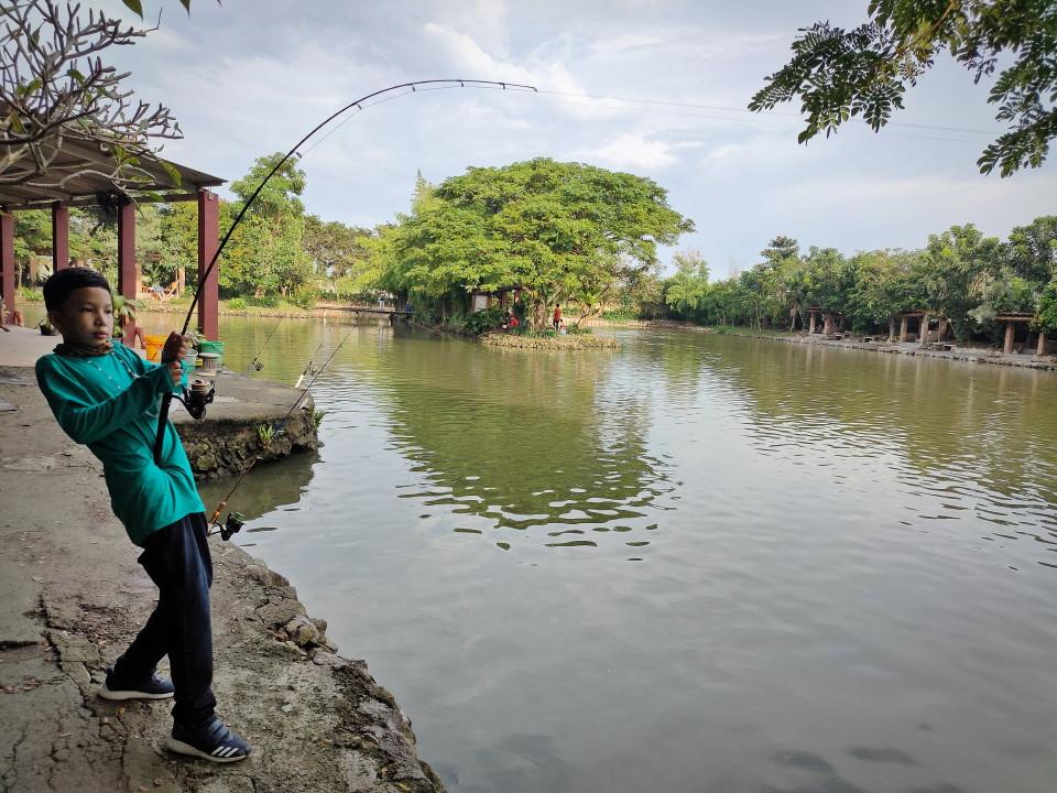 Filosofi Kehidupan bagai Memancing Ikan