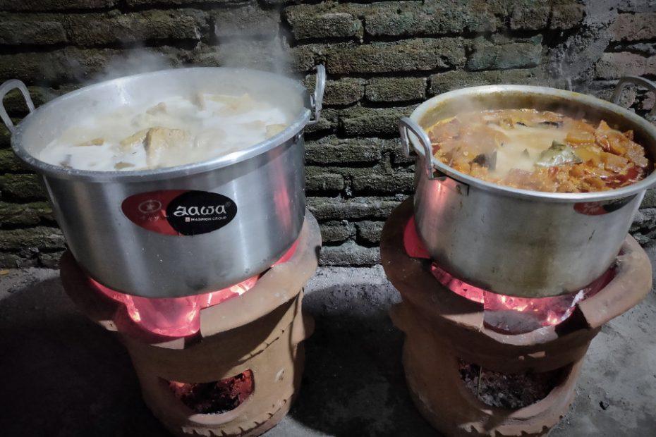 Gudeg Legenda Bunda Era Dimasak dengan Cara Tradisional untuk Jaga Kualitas Rasa