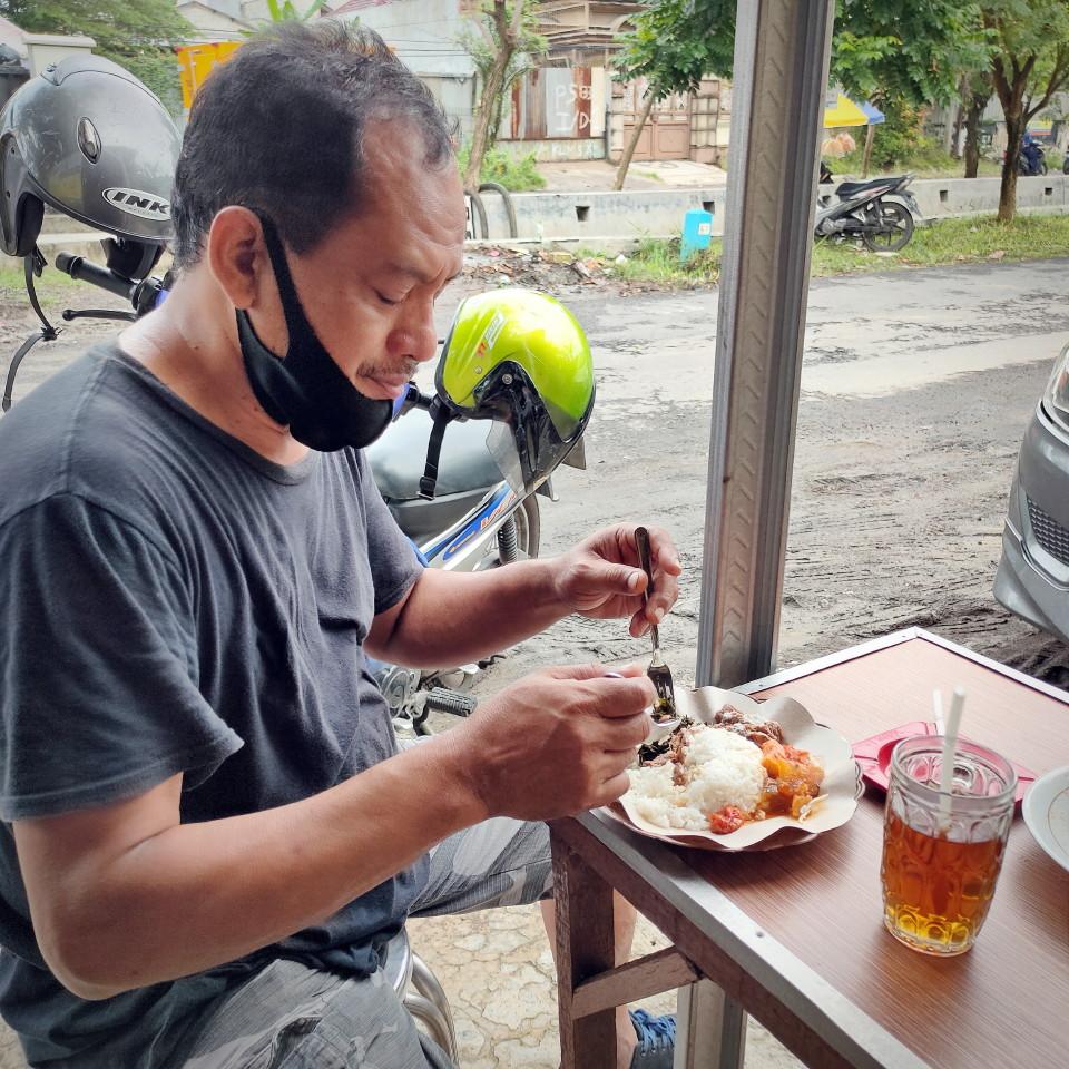 """Selat Solo Mbak Shinta"" : Sajikan Menu Khas Solo di Surabaya"