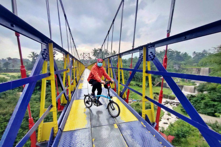 """Jembatan Gantung Mangunsuko Magelang """"Jembatan Jokowi"""" Eksotikanya Layak Anda Nikmati"""