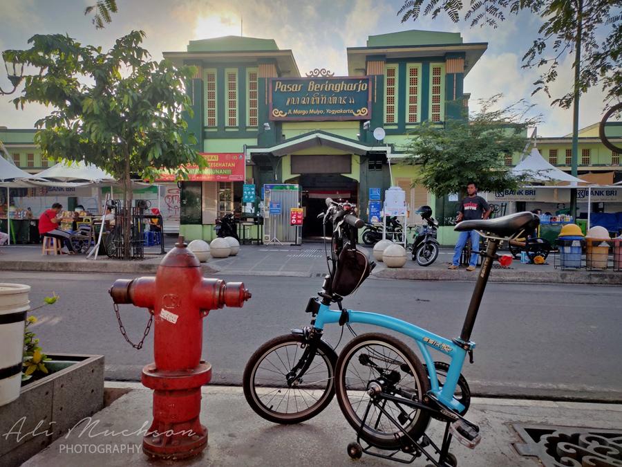 Malioboro dan Gudeg Mbok Lindu, Tempat Tak Pernah Terlewatkan Kala di Yogyakarta